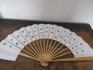 paper-fan-0619-17